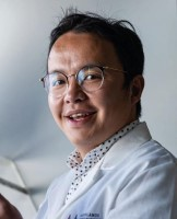 Dr. Ling Shan
